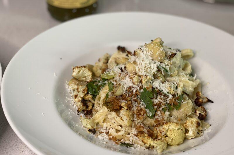 Fettuccine mit Blumenkohl, Saubohnen und mehr