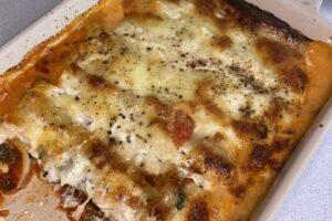 Auflaufform mit Cannelloni Spinat-Ricotta